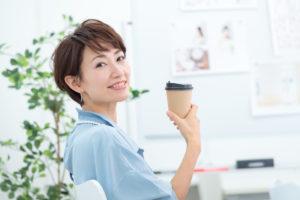 コーヒーによる歯の着色を改善!自宅でもできるステイン除去まとめのアイキャッチ