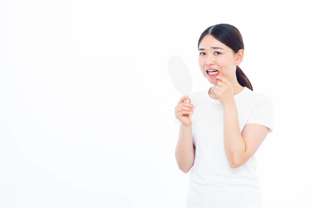 歯茎 腫れ 白い