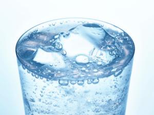 炭酸水 デメリット 歯