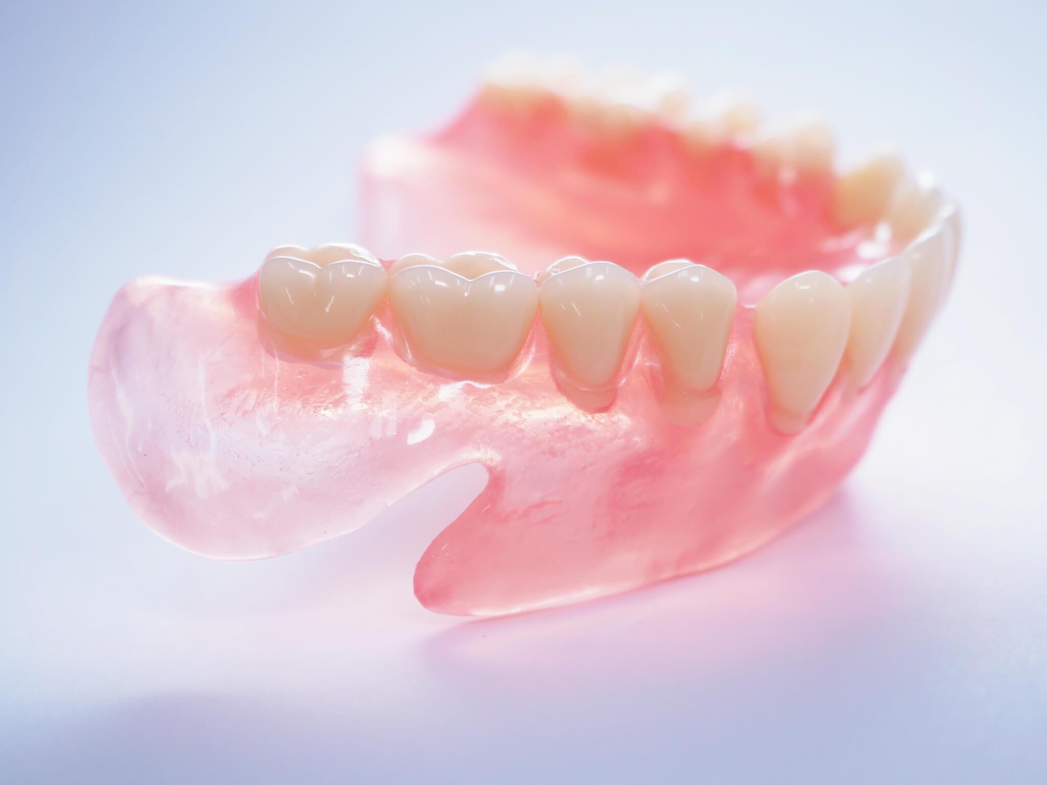 樹脂製の入れ歯