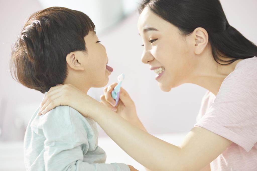 舌小帯短縮症 手術 費用